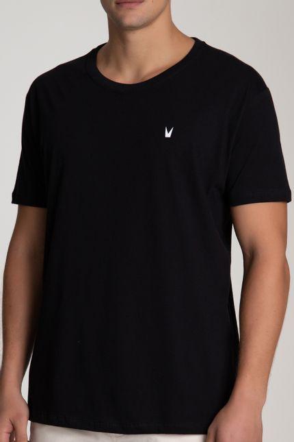camiseta_relaxed_preta_logobranco_bispo_1